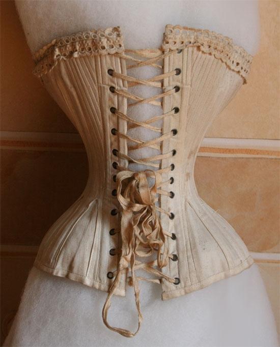 istoriya-corseta-4